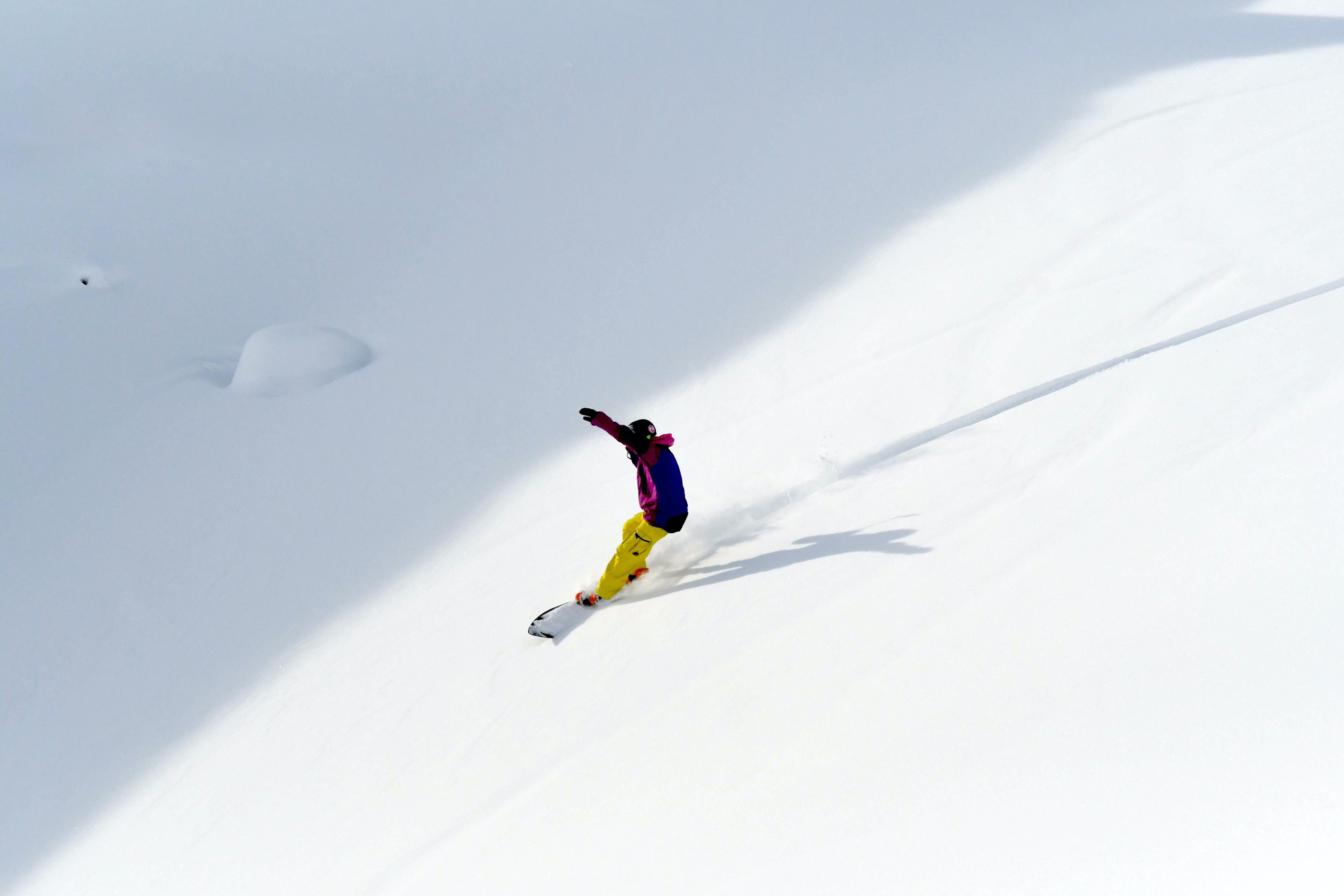 Snowboardy z odpadů